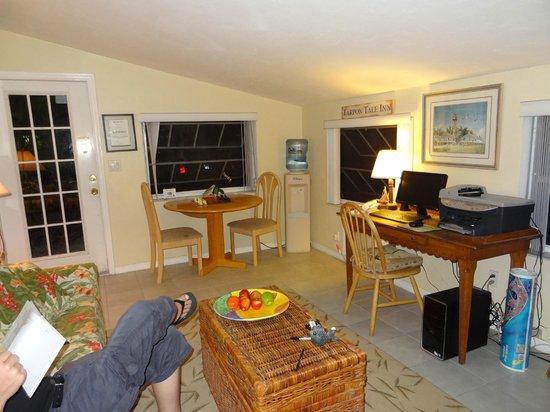 Tarpon Tale Inn: Office mit PC