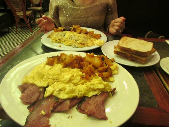 Roxy Delicatessen : Christmas Day Breakfast!