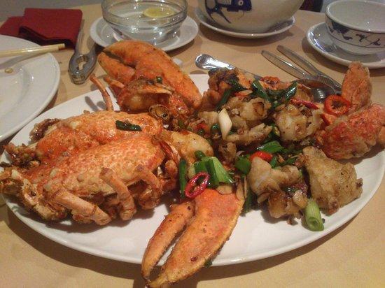 Hakka seafood chinese restaurant cambridge restaurant for Chinese fish market near me