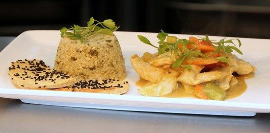Pure Taste Pop Up: Vietnamese chicken curry with cauliflower rice and coconut flour flatbread