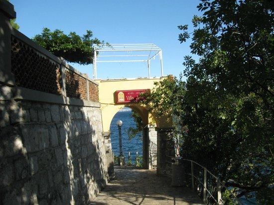 Hotel Villa Ariston: Ottima location in tutte le stagioni (photo ottobre )