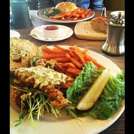 Settlers Inn: Delicious Food