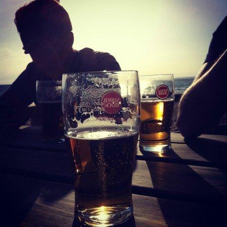 Julias: Stunning location at the beach bar!