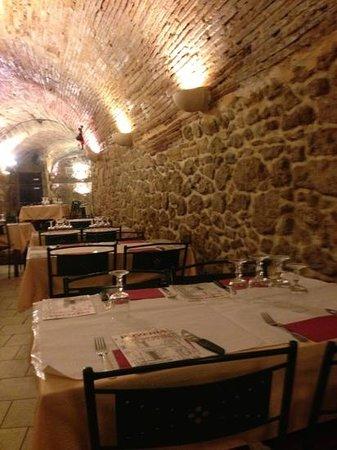 Pizzeria Don Peppino : salle magnifique typique