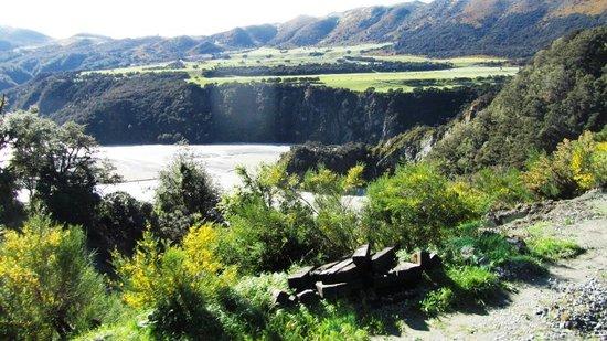 Arthur's Pass Hiking & Tranz Alpine One Day Tour: Gorgeous view