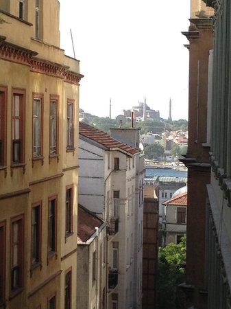 Manzara Istanbul: Blick vom Balkon auf die Hagia Sofia