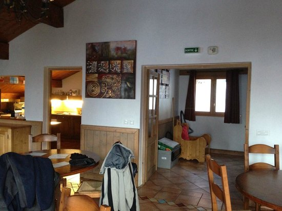 Les Arcs 2000: 3rd Floor chalets only smoke alarm over doorway