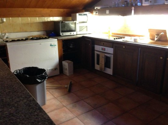 Les Arcs 2000: Chalet Kitchen
