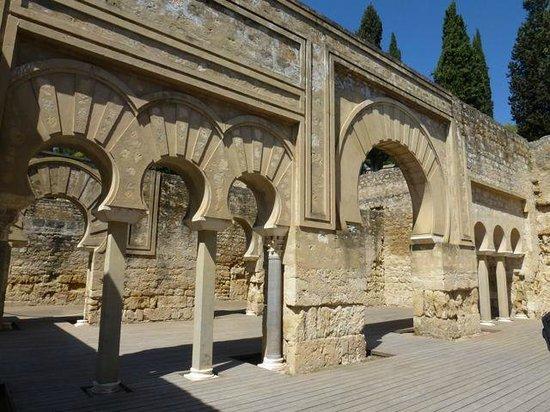 Konexion Tours - Cordoba: Medina Azahara