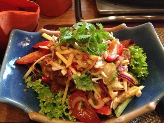 Restaurant Chookdee Thai: #50 on the menu: spicy mango and fried fish salad