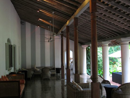 The Wallawwa: lobby area