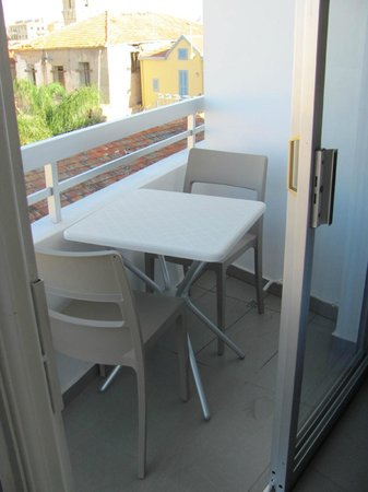 St George Rent Rooms: Very small balcony