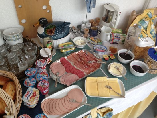 Burgwallbach, Germany: Frühstücksbuffet