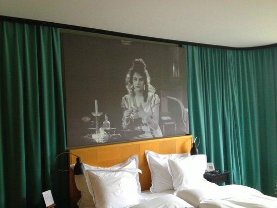 Hotel Rival: Room 305