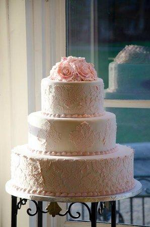 Patisserie: Wedding Cake