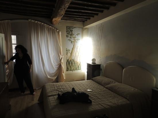 Albergo San Martino: Adicionar uma legenda