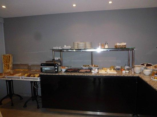 Hotel Le Saint-Georges : Breakfast Buffet