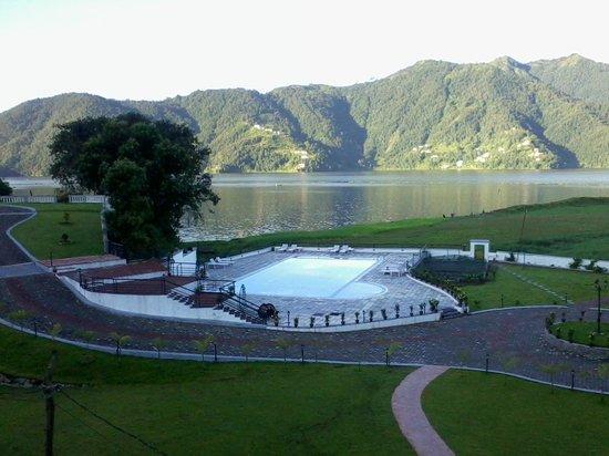 Waterfront Resort Hotel: pool