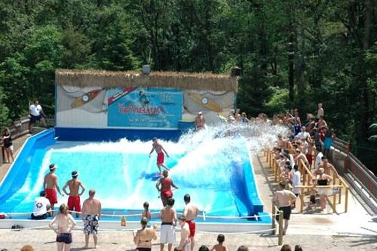 Camelbeach Mountain Waterpark Catch A Wave Without The Salt Water On Flowrider Test