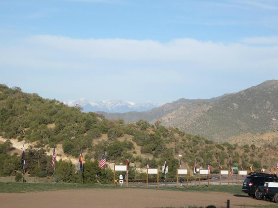 Prospectors RV Resort: Campground views