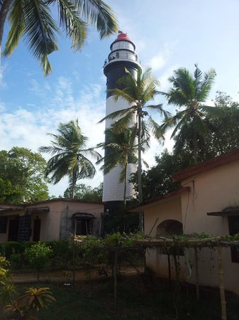 Thikkoti Light House