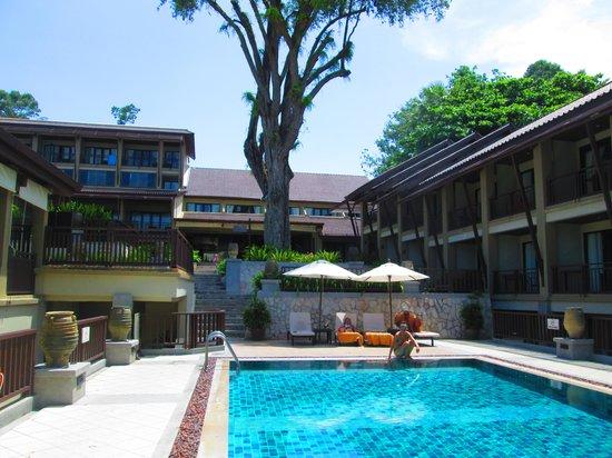 Impiana Resort Chaweng Noi : piscine