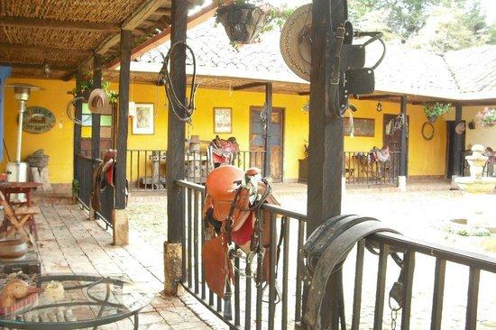 Estancia QH Ranch: Estancia patio area - Horse launching area  - Fun times!