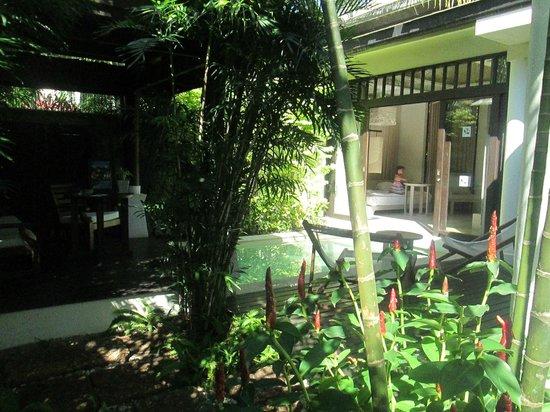 Melati Beach Resort & Spa : chambre