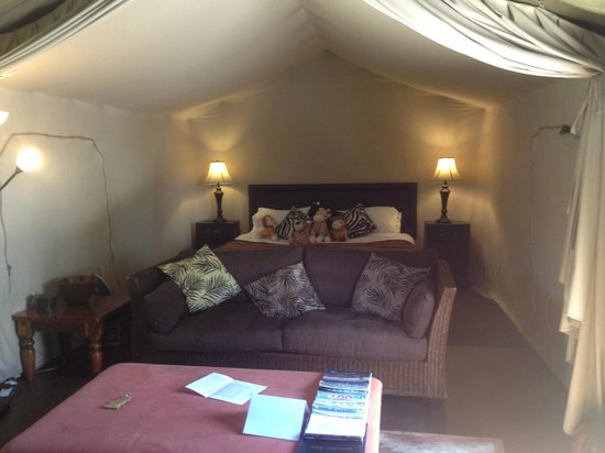 Pentre Mawr Country House: Glamping Lodge