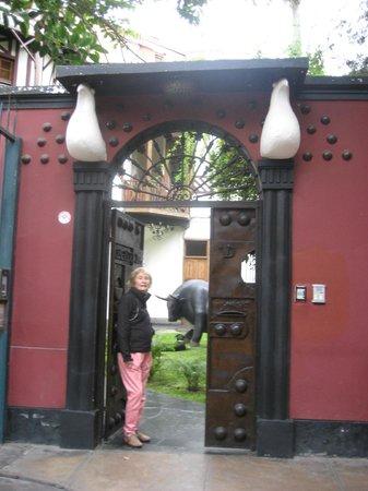 Second Home Peru: Puerta de ingreso