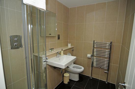 Station House: En-suite shower Room