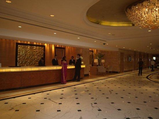Shangri La S Eros Hotel Lobby Of