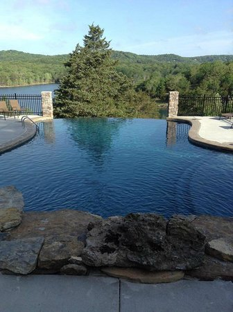 Alpine Lodge: Beautiful new pool!!!