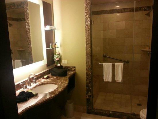 Panama Marriott Hotel: baño en planta 12