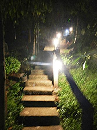 Anankhira Villas: Be prepared to walk a lot of steps
