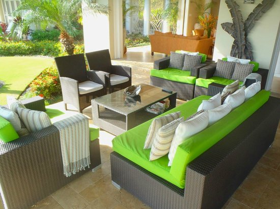 Sandy Bay, Jamaica: Lounging area