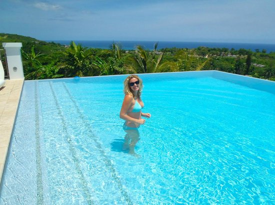 Sandy Bay, Jamaica: The amazing Pool