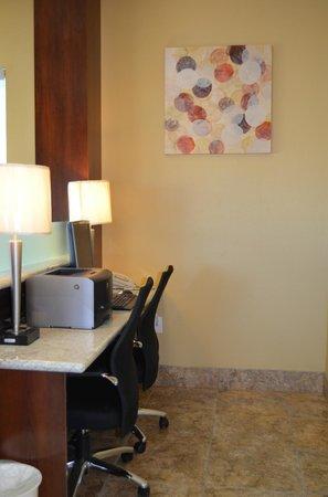 SureStay Hotel by Best Western Tehachapi: Business Center