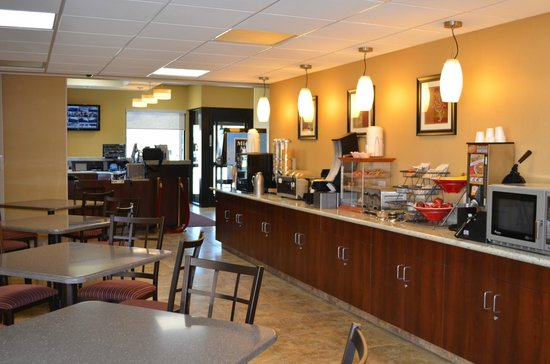 Best Western Mountain Inn: Breakfast Room