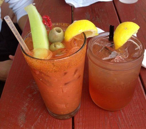 Freddy's Lobster & Clams: Lobster Lemondade and Bloody Mary