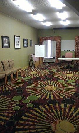 Comfort Suites Milledgeville : Meeting Room