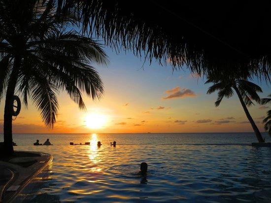 Filitheyo Island Resort: Sunsetbar