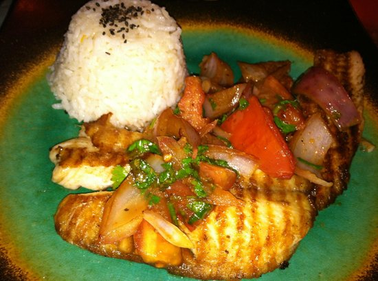 Makona Restaurant : grilled fish