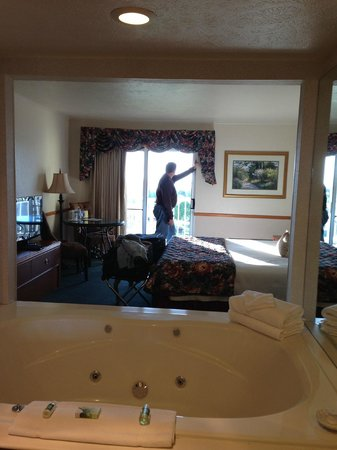 The Apple Tree Inn: Our room on the 4th Floor