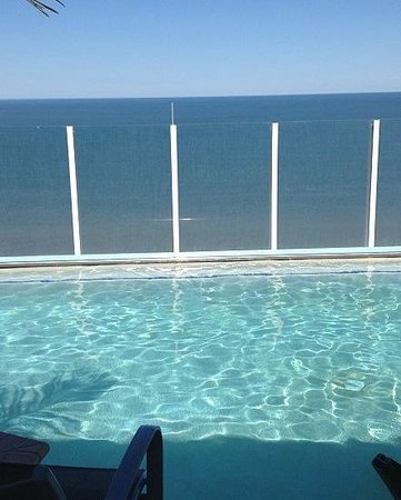 Hilton Virginia Beach Oceanfront : infinity pool