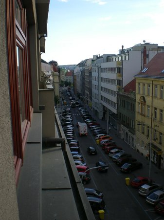 Hotel Majestic Plaza Prague: view to main street
