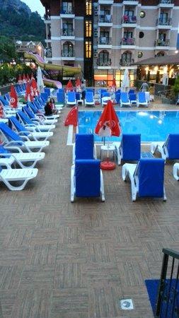 Club Ege Antique: pool