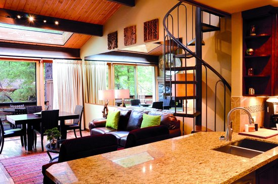 Junipine Resort: Open floorplans