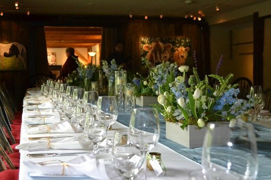 The Inn at Weathersfield: spring wedding