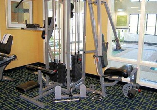 Comfort Inn-Kansas City Airport: Exercise Facility